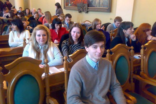 Студенти ЛКА на конференції в міській раді