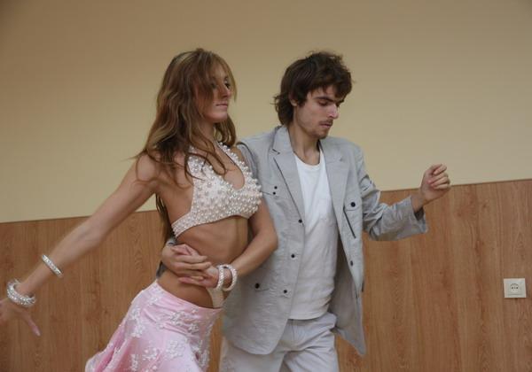 Танцювальний виступ студента магістратури Дмитра Войткевича та його партнерки