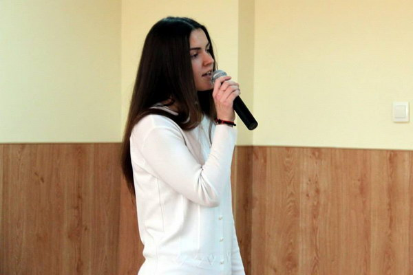 виступ першокурсниці Аліни Гепалової